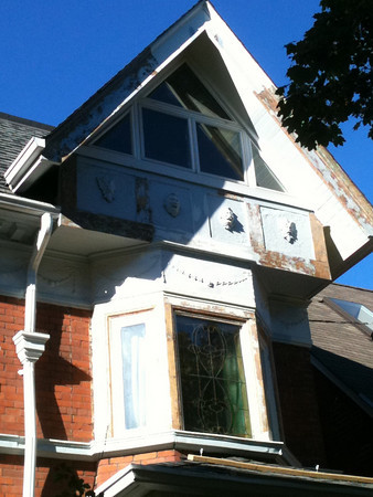 Exterior Home Painters in Toronto - CAM Painting - Gallery Image 9