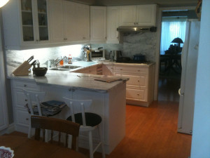 paint a kitchen- Toronto Home Painting - House Painters, CAM Painters