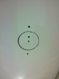 patch a hole, Toronto house painter, interior painting, exterior painting, drywall repair